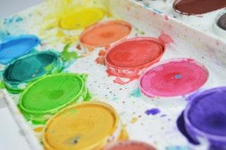 Akril festék, a kreatív hobbik alapja